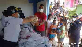 Armada entregó ayudas humanitarias en las faldas de La Popa - Caracol Radio