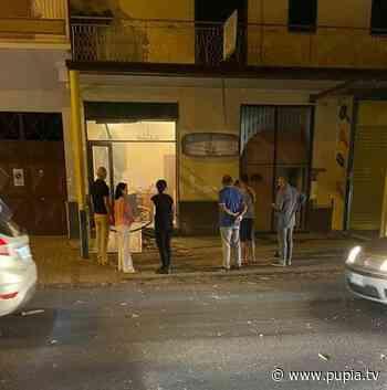 Orta di Atella, bomba carta esplode davanti agenzia di pompe funebri - PUPIA