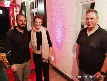 """""""Saela Whim"""" im Einkehrhaus: Alle waren happy - Honnef heute"""