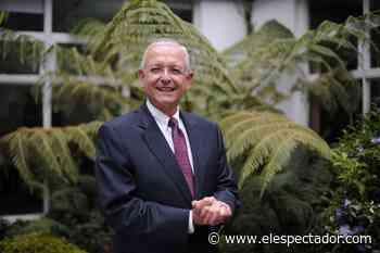 Augusto Solano, presidente de Asocolflores, recibió premio por su aporte a la floricultura - El Espectador