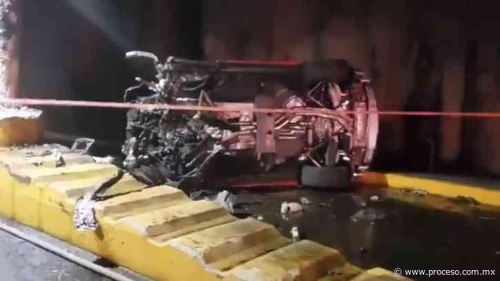Un Lamborghini se impacta en Guadalajara y termina carbonizado - Proceso