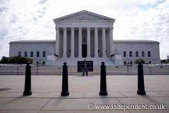 Supreme Court blocks cutting prison sentences for low-level crack offenders