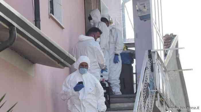 Omicidio a Castelnuovo Magra, 25enne uccisa in casa davanti al figlio e all'amica - LA NAZIONE