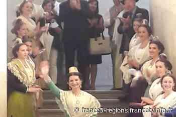 Arles a sa nouvelle reine - France 3 Régions