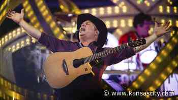 Record crowd expected for Garth Brooks' Kansas City show. Tips on getting tickets - Kansas City Star