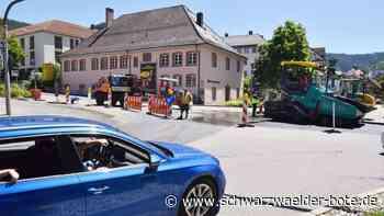 Verkehr in Schramberg - Immer wieder Falschfahrer auf B 462 am Schloss - Schwarzwälder Bote