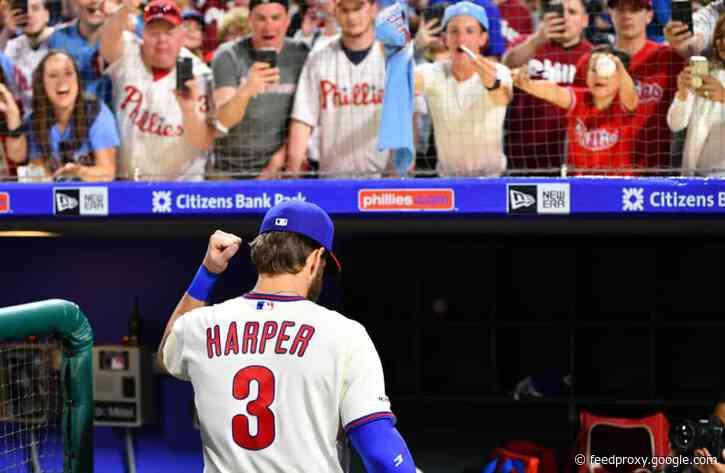 Phillies avoid disaster vs. Yankees, win on walk-off yet again