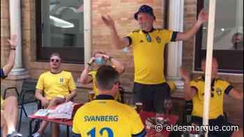 Suecia viste Sevilla de amarillo: ¡incluso se atreven a cantar en español! - ElDesmarque Sevilla