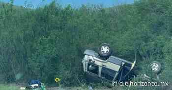 Conduce a alta velocidad y vuelca vehículo en Linares - El Horizonte
