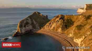 Durdle Door: Woman dies in cliff fall near popular coastal spot