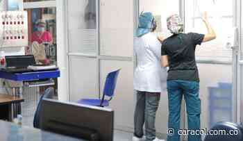 Cerca de 600 profesionales de la salud no han reclamado su certificado - Caracol Radio
