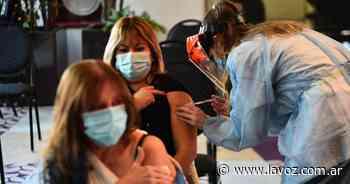 33.364 personas se vacunaron contra el coronavirus este lunes en Córdoba - La Voz del Interior