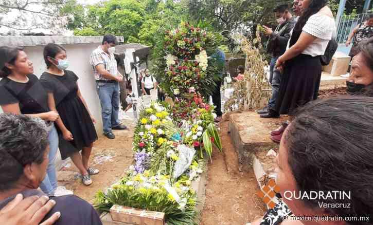 Dan último adiós a Itzel, joven asesinada en Nanchital - Quadratín Michoacán