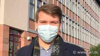 Schülervertreter Moritz Behncke aus Kaiserslautern freut sich über Präsenzunterricht vor den Ferien. - SWR