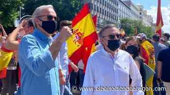 Beamonte, Azcón, Pérez Calvo y Morón marchan en Colón contra los indultos - El Periódico de Aragón