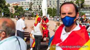 La manifestación en Colón contra el indulto, en imágenes - La Vanguardia