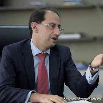 Ministro de Hacienda, José Manuel Restrepo, anunció que dio positivo para covid-19 - La República