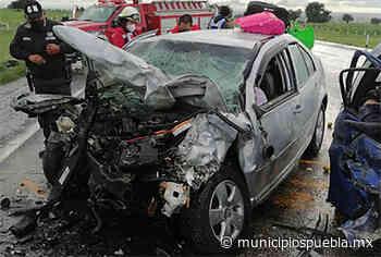 En aparatoso choque mueren varias personas prensadas en la Amozoc-Perote - Municipios Puebla