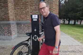 Lekke band? In deze gemeente kan je je fiets op vijf plaatsen zelf herstellen
