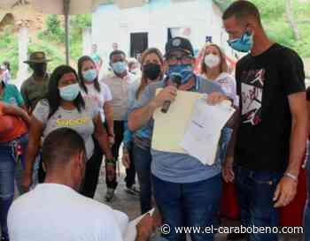 Entregados títulos de tierra a familias de Puerto Cabello - El Carabobeño