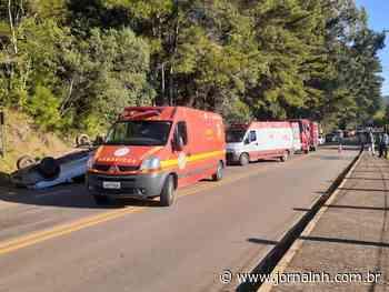 Capotamento de veículo em Canela deixa mulher ferida - Jornal NH