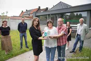 Beernem is officieel een pleegzorggemeente - Het Nieuwsblad