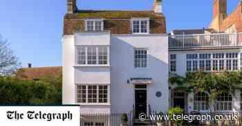 For sale: The Sussex holiday home of scandalous artist Edward Burne-Jones - Telegraph.co.uk