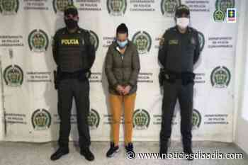 Capturada por agredir a una Juez en Choachí, Cundinamarca - Noticias Día a Día