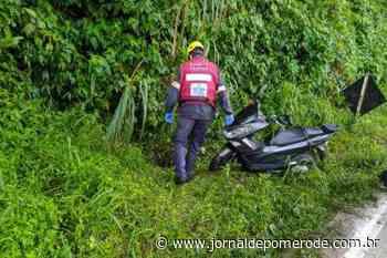 Motociclista que caiu em bueiro na SC-110 segue internada na UTI - Jornal de Pomerode