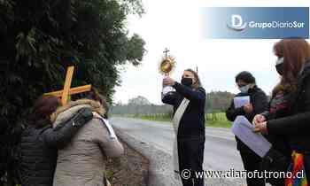 Cursillistas sacaron el Santísimo a las calles de Valdivia - Diario Futrono