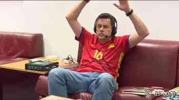 Roncero desesperado: su enfado con la parada de Olsen a Gerard Moreno - AS