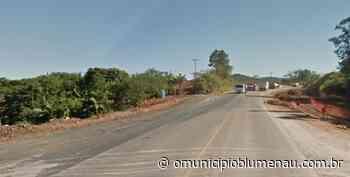 Detonação de rochas deixa trânsito interrompido na BR-470 em Gaspar - O Município Blumenau