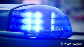 Polizeibericht Reutlingen: Auto kommt in Dürerstraße von Straße ab und kippt zur Seite - SWP