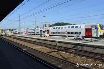 Trein op lijn Antwerpen-Hamont geschrapt door defect aan locomotief - Gazet van Antwerpen