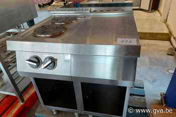 Veiling met spullen van El Kaouakibi loopt ten einde: amper 32 euro geboden voor kookfornuis - Gazet van Antwerpen