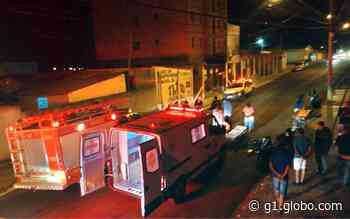 Motociclista e pedestre ficam gravemente feridos após atropelamento em Alfenas, MG - G1