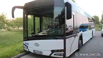 Junger Mann stiehlt Bus in Neu-Ulm und flüchtet - SWR