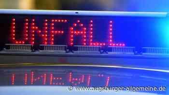 Auto prallt bei Dellmensingen gegen Baum: Fahrer wird schwer verletzt