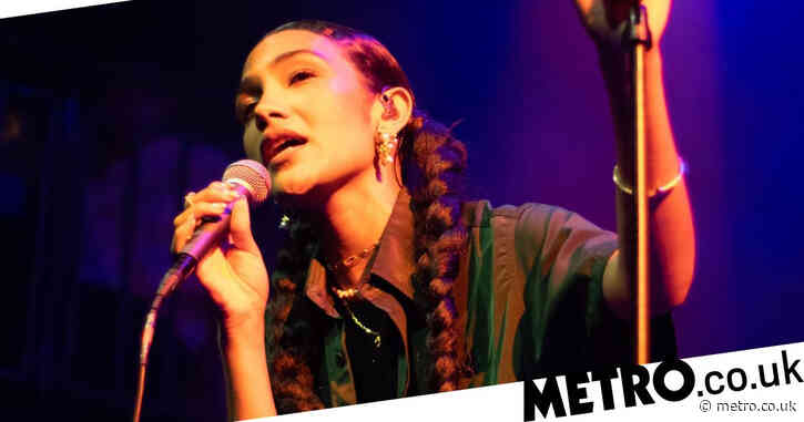 Back To The Stage: Olivia Dean praises socially distanced shows as she performs first gig after lockdown