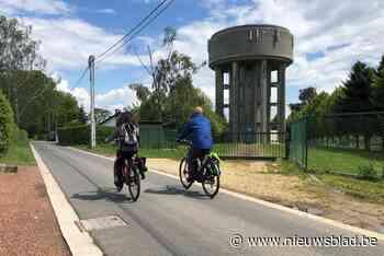 """Gemeentebestuur gaat fietsstraat autoluw maken: """"Te veel sluipverkeer maakt nog gebruik van de straat"""" - Het Nieuwsblad"""