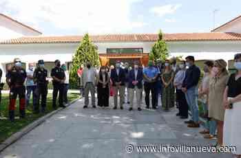 Concentración silenciosa contra la violencia machista en Villanueva de la Cañada - Noticias en Villanueva - InfoVillanueva.com