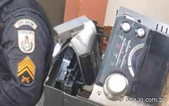 Porciúncula: Dupla de bicicleta é presa com produtos furtados em residência - O Dia