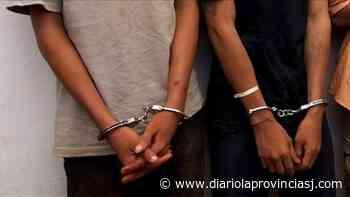 Detuvieron a 2 jóvenes arrebatadores en Santa Lucía - Diario La Provincia SJ