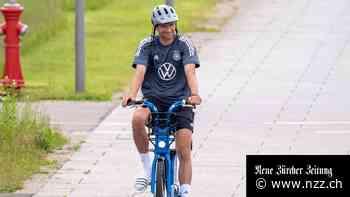 EM-Live-Blog: Wir freuen uns auf Thomas Müller, Deutschlands bestenStrassenfussballer +++Phrasendreschen mit Kaiser Franz und Paul Gascoigne
