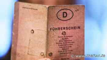90-Jährige ohne Führerschein, dafür mit Schlagstock unterwegs - Merkur.de