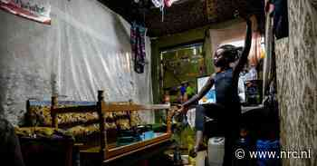 Bij ebola in Afrika zag je lijken, bij corona in het Westen pleepapier - NRC