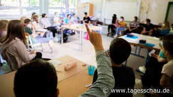 Corona-Pandemie: Bund fördert Luftfilter in Schulen