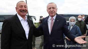 Erdogan in Baku: Brüderlicher Besuch - nicht nur zur EM