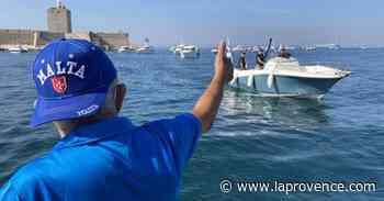 Des pêcheurs-plaisanciers ont bloqué la rade de Port-de-Bouc pour protester contre le nouveau règlement - La Provence