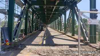 Dopo la chiusura del ponte di Galliate, sgravi ai pendolari deviati in autostrada - La Stampa